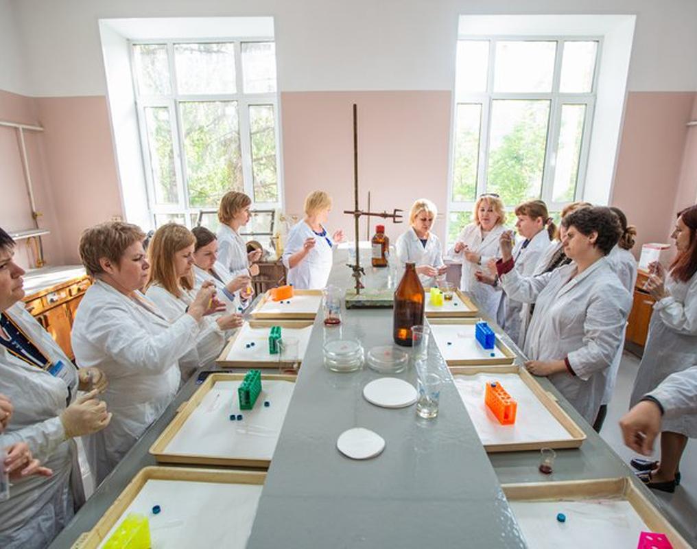 Летняя школа учителей химии в МГУ